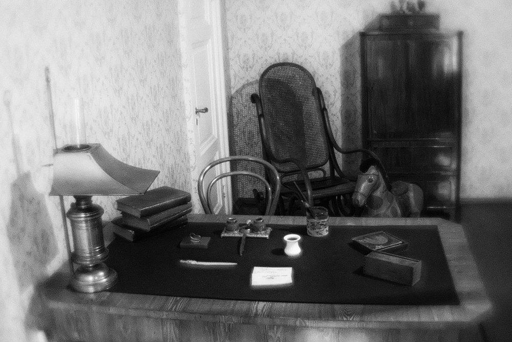 monoclemania-fyodor-dostoevsky-museum-8.jpg