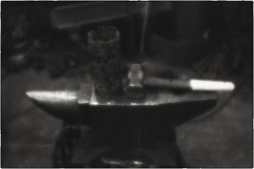 monoclemania-forge-27.jpg